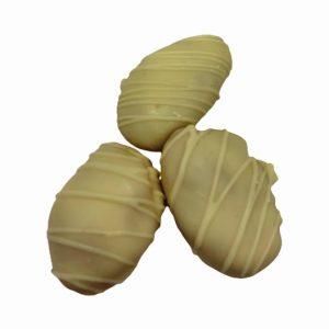 Сушена кайсия с бял шоколад